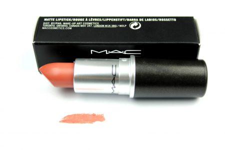 MAC Lipstick 'Kinda Sexy'