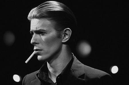Terugblik op iconische looks van David Bowie