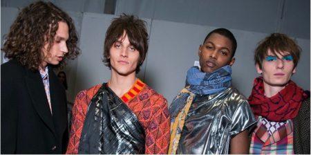 Mannen met make-up bij Vivienne Westwood