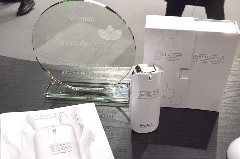 award3-medik8