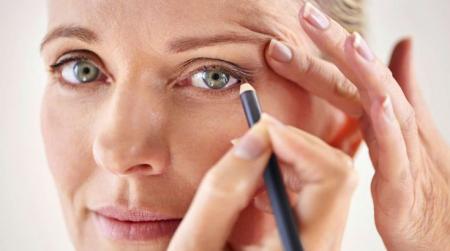 10 make-upfouten die je ouder doen lijken