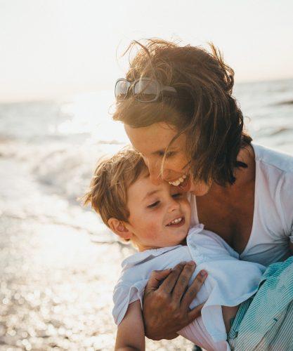 Met je kids in de zon? Lees dan eerst deze tips!